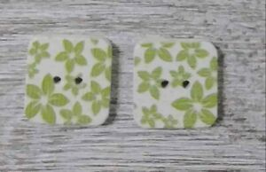 wood square buttons Sewing 2 Holes green white 1/2 inch 2Pcs