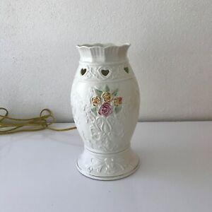 Charming BELLEEK Porcelain Roses & Hearts HURRICANE LAMP Style Accent Light
