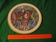 Royal Doulton Spellbinder Winter Magic lg Collector Plate L00K