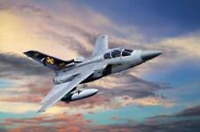 Aviones militares de automodelismo y aeromodelismo Revell de escala 1:48