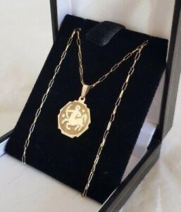 9ct Yellow gold charm / pendant. Zodiac sign for ;Sagittarius. Sheffield 1981