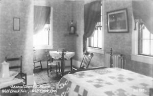 General Grant Room Wolf Creek Oregon Interior 1940s RPPC Photo Postcard 21-3569