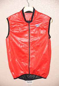 Bellwether Cycling Road Bike Lightweight Riding Vest Men's Medium Red Mesh Back