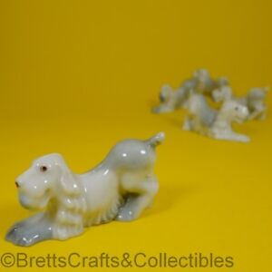 Wade Whimsies (1953/59) 1st Series Issues (Set #1/1953) #02 - Spaniel with Ball