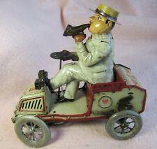 Lehmann Tut-Tut, Driver Drives Horseless Carriage, 1903