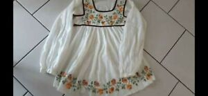 Ladies Sz Small Vintage Embroidered Smock Top
