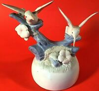 """HUMMINGBIRD MUSIC BOX PORCELAIN 6 1/2""""H PLAYS THEME FROM GODFATHER VINTAGE"""