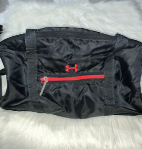 UNDER ARMOR Storm 1 Duffel Bag Gray With Pink Trim.
