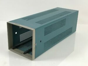 Tektronix TM502A Mainframe Modular 2-Slot Plug-In Chassis Power Supply Unit