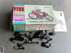 1967 Pyro Yamaha  Daytona Racing Motorcycle Model Kit 1/16 Started w Extra Parts