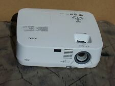 NEC NP610 XGA LCD Projector  3500 ANSI Lumens Only 25 Lamp Hour