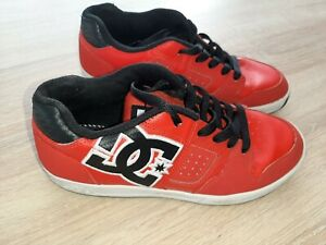 Superbes chaussures DC SHOES Pointure 37