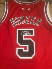 CARLOS BOOZER Autographed Signed Bulls swing man jersey