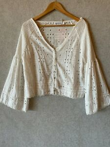 Pink Diamond ladies broderie anglais top size L