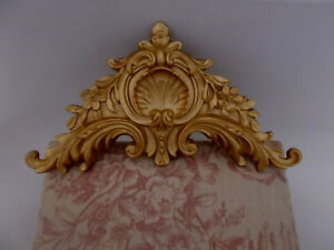ORNATE STYLE  BED PEDIMENT / CUPBOARD MOULDING ANTIQUE STYLE MOLDING GOLD