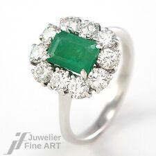 Ring mit Smaragd + Brillanten ca. 1 ct TW-VSI in 750/18K Weißgold - 4 g Gr. 54,5
