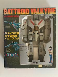 Used Macross Robotech TAKATOKU 1/55 VF-1J Valkyrie From Japan バトロイド バルキリー