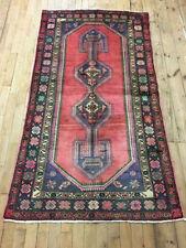 Tapis rouge rectangulaires persane/orientale traditionnelle pour la maison