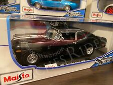 Maisto 1:18 Scale Diecast Model Car - 1970 Chevrolet Nova SS Coupe (Black)
