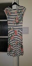Womens Dress Atmosphere Size 10 Knee Length Skater dress Cap sleeve Flowers