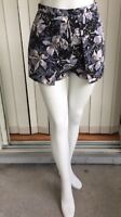 Topshop Women's Floral High Waist Shorts Blue White Size 4 (I1532)
