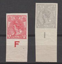 xxx NEDERLAND NVPH nrs. 82/83, onderrandzegels met randletters. Cw € 32,--+