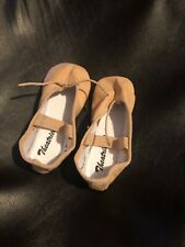 toddler ballet shoes Size 6.5 W