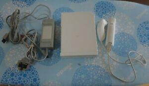 Nintendo Wii Console - White - Bundle