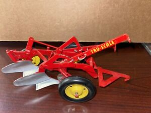 1/16 Vintage Carter Tru Scale Red 2 Row Bottom Plow