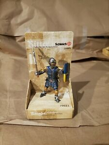 NEW ~ Schleich Medieval Knights ~ Footsoldier with War Hammer 70021
