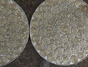 "Set 4 Cloud 9 Round 15"" Silver Clear Gray Beaded PLACEMATS Brand New- Gorgeous"