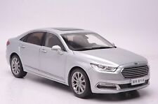 2015 Ford Taurus car model in scale 1:18
