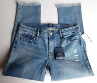 NWT GAP Women's Girlfriend Mid-Rise Denim Jeans Destructed Size 6 MSRP$70 New