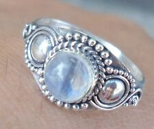 925 Sterling Silver Balinese Carved Ring Round W Rainbow Moonst Size 8-Q01