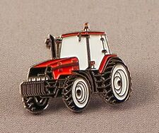 RED TRACTOR - PIN BADGE - FARM FARMING AGRICULTURE COUNTRY  PLOUGHING  (AB-42)