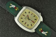 CLEAN VINTAGE 218 BULOVA ACCUTRON WRISTWATCH FROM 1973 KEEPING TIME