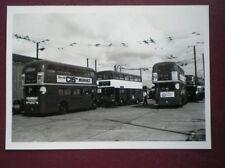 PHOTO  VARIUOS LONDON TRANSPORT BUSES