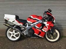 Honda Fireblade 90's Icon Emerging classic bike in race replica paint scheme