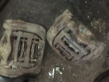 VW T4 TRANSPORTER 2.4D AAB 1991 PAIR OF FRONT VENTED BRAKE CALIPERS