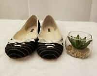 Lacoste Women's Black & White Pinstriped Canvas Flats Lace up Shoes Size: 7.5