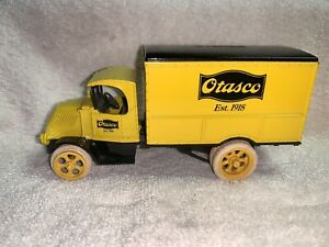 Ertl Car Truck Diecast Bank 1926 Mack Bull Dog Otasco