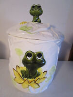 Large Frog Sears Roebuck, Neil the Frog, Set Of Canister