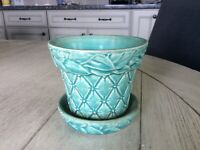 Vintage McCoy green flower pot with attached saucer