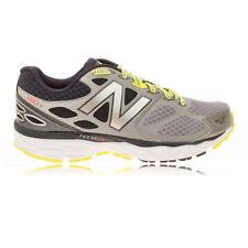 Chaussures gris New Balance pour fitness, athlétisme et yoga