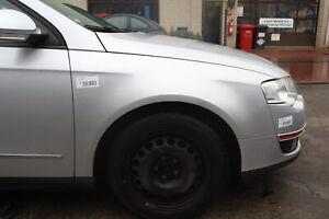 VW Passat 3C Kotflügel  Rechts ohne Anbauteile Farbe grau 32284