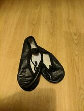 Girls Black Ballet Pumps (Available in sizes 8,9.5,11)