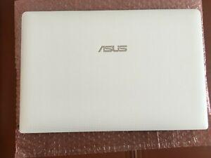 ASUS X501U Laptop/PC portable