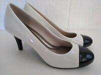 Comfort Plus Predictions Women's White w/ Black Toe Square Heels Slip On Sz 7