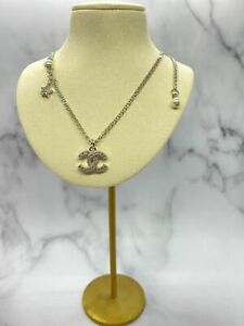 Auth CHANEL CC Silver Tone Rhinestone Star Necklace - Pre owned / H1812