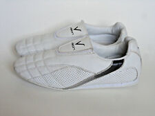 Vision {Size 8.5} Taekwondo White Indoor Martial Arts Karate Shoes Excellent!